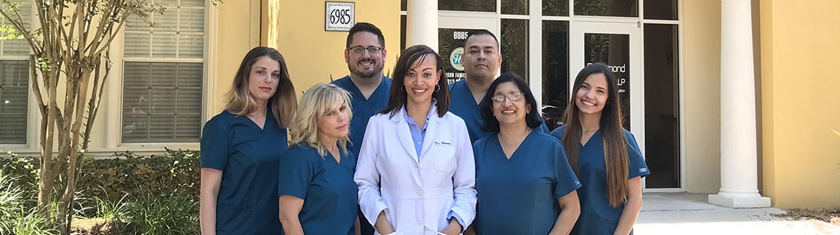 Henson Family Dental team photo